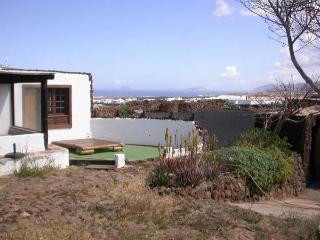 Bungalow ANAPOLO in Tinajo for 4 persons