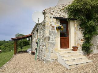 Newly Renovated Gite Mineur with pool.Nontron.Brantome area. Dordogne .France.