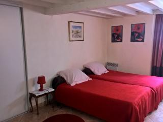 Apartment in Historical Mansion, Narbonne
