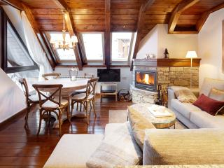 Val de Ruda Luxe 24 - New by the gondola exit WIFI, Baqueira