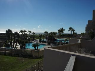 Upgraded, beachfront luxury!, Port Aransas