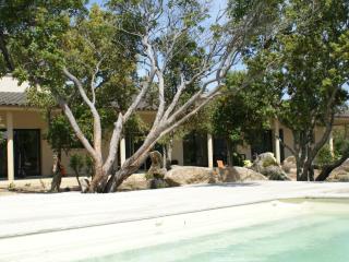 Magnifique gite entre mer et maquis  avec piscine, Pianottoli-Caldarello