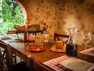 Mandorlo - Tuscan Vacation Rental at Castelletto, Sinalunga