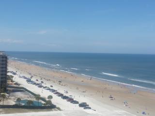 Reduced Spring Rates! 3 BDRM 3 BA Ocean Front, Daytona Beach