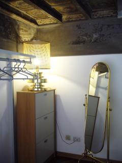 cabina armadio, scarpiera e specchio