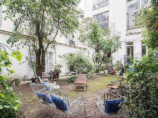Private garden in Paris City Center