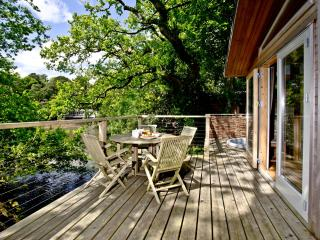 Haytor Lodge, 9 Indio Lake located in Bovey Tracey, Devon