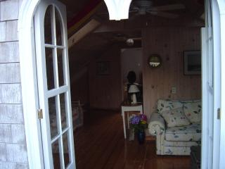 Summer weekly rental.  Friday to Friday typical rental... 3 day weekends Spring, Newport