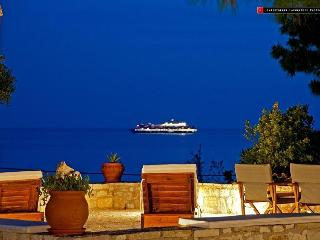 Captain Mike's Villa, Syvota