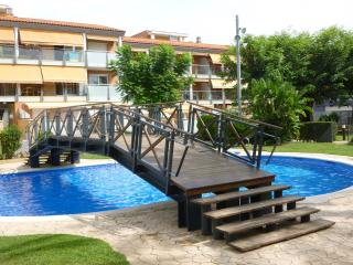 Ideal property in fabulous complex with pools, Salou