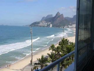 IPANEMA, DEBRUÇADO SOBRE O MAR!!, Rio de Janeiro