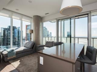 Your own 2BR condo with million dollar view!!!, Toronto