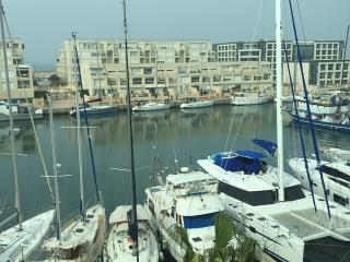 lovely 3 rooms apt marina herzlia, Herzliya