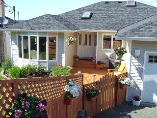 Ocean Comfort Bed and Breakfast, Port McNeill