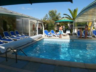 ile de ré  property with swimming pool, Isla de Ré