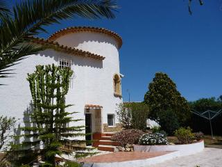 Charming spanish villa w/ pool, Denia