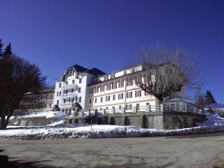 Au Revard en Savoie station été hiver, Pugny-Chatenod