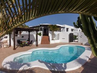 Villa DALFYN in Guime for 4 persons with pool