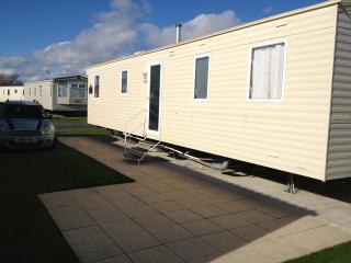 Our Family Caravan, Pagham