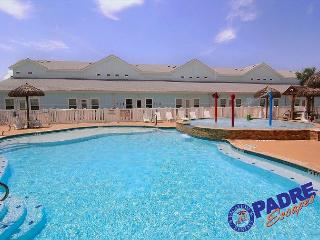 This Beautiful Poolside property awaits your Arrival., Corpus Christi