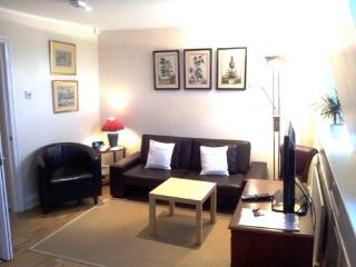 Nice 1 bedroom Apartment in Notting Hill Gate, Londen