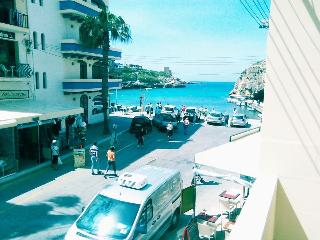 Xlendi Bay sea view apartment