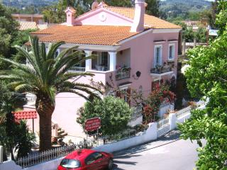 VILLA  CATERINA  - Furnished apartments hotel., Pyrgi