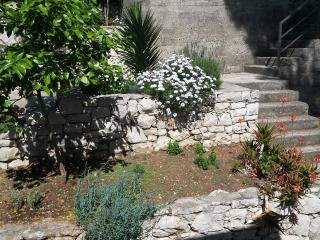 Mljet 2 You - beach house apartment 2+2