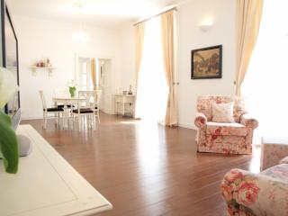 Secret 1 | Beautiful 1-Br  in the Heart of  Dubrovnik Old Town!
