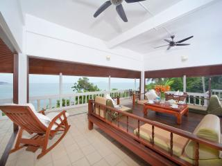 anand beach front pool villa, Pattaya