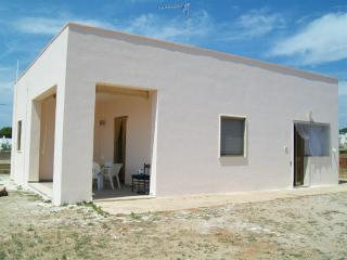 Villa indipendente a pochi metri dalla spiaggia