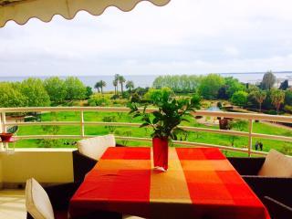 Appartement face mer, vue magnifique  !, Juan-les-Pins