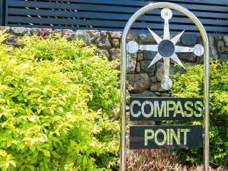 Compass Point #11, Isola di Hamilton