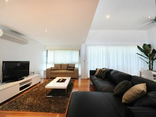 Pinnacle - Apartment 6, Hamilton Island