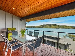 Shorelines Apartment 18, Hamilton Island