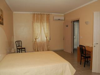 lolly bed and breakfast - Camera matrimoniale, Paravati