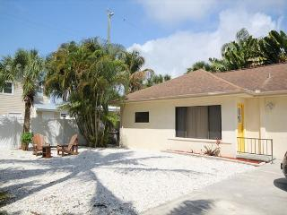 149 Delmar Ave, Fort Myers Beach