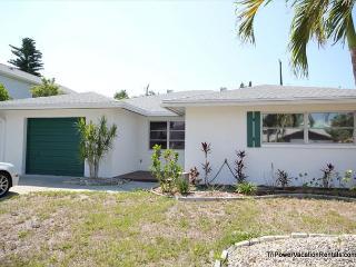 198 Hibiscus Street, Fort Myers Beach