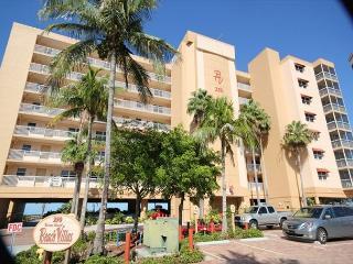 Beach Villas #102, Fort Myers Beach