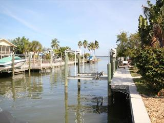 209 Curlew St., Fort Myers Beach