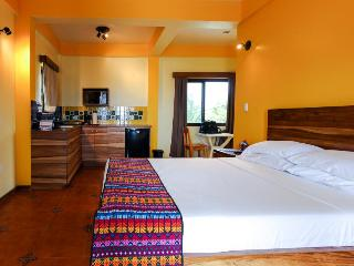Tarpon Suite, Placencia
