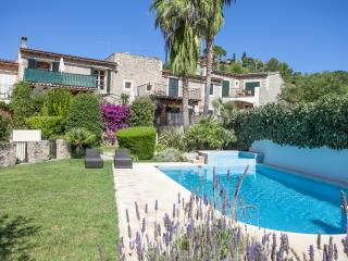 Charming 4 bed traditional stone villa, Puigpunyent
