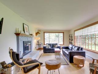 Close to the Columbia Gorge with a huge yard, gas grill!