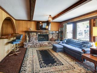 Waterfront retro-modern home w/ rec center access & hot tub, South Lake Tahoe