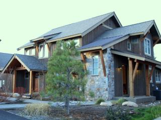Suncadia Retreat w/ Private Spa, Cle Elum