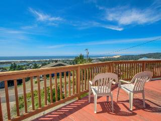 Spacious dog-friendly getaway w/ boat parking, perfect for 2 families!, Pacific City
