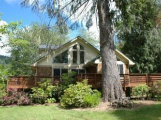 Wonderful Siuslaw Riverfront 2 MasterBedrooms wifi, Mapleton