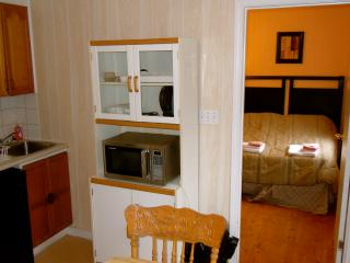 Cottage 4 -1 bedroom with 2 queen sized beds, Kitchenette/eating area, deck and BBQ