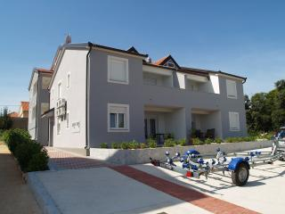 Sudio apartment Adora, All New, sleeps 2, Ugljan Island