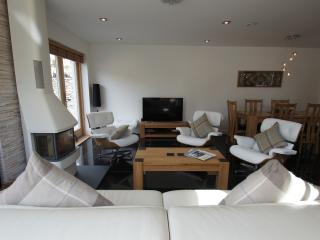 Sheiland, stylish luxury holiday home nr Loch Earn